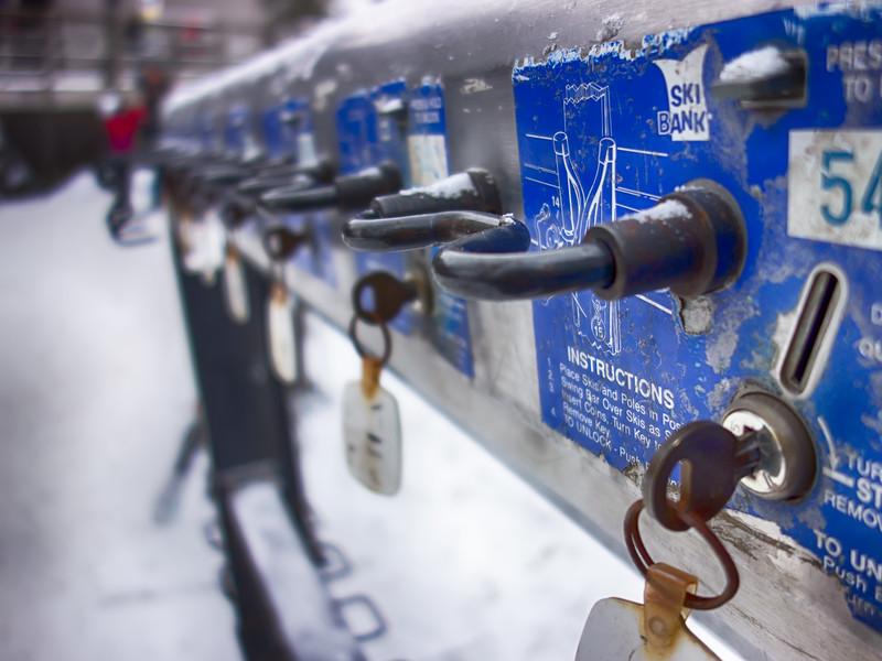 ski bank for secure skis storage